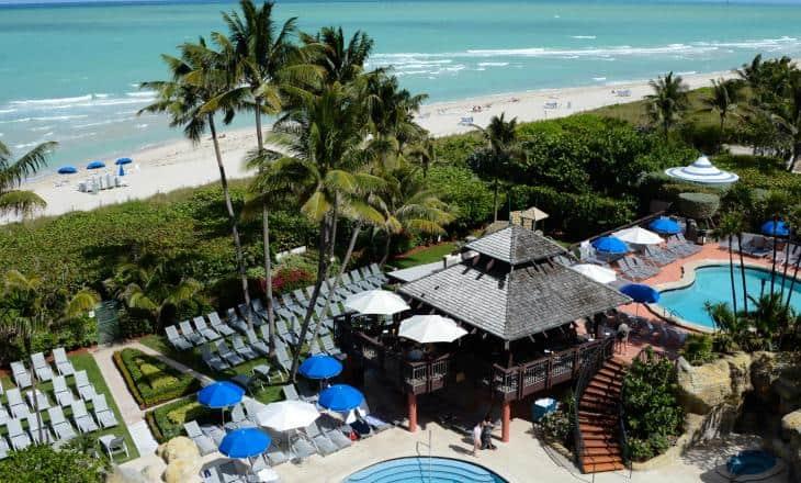 alexander-hotel-beach-access