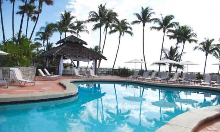 alexander-hotel-pool-4