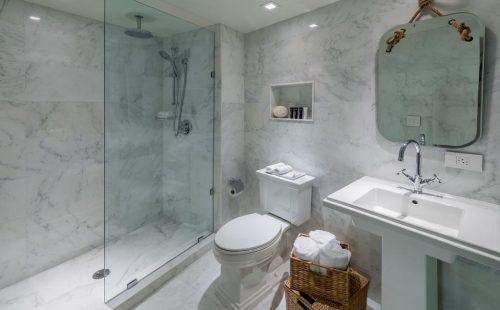 Bentley Hotel Bathroom