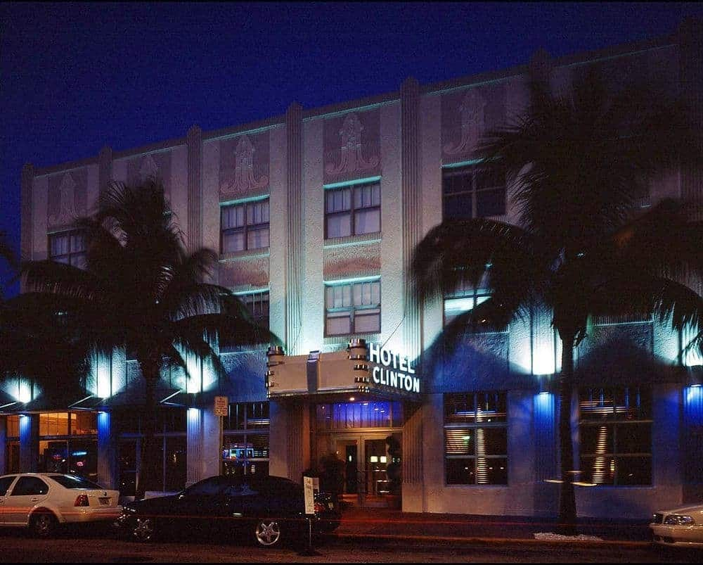 Clinton Hotel Review