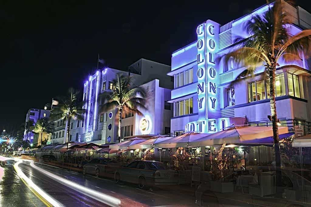 Colony Hotel at Night