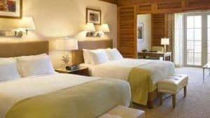 Fairmont Turnberry Isle Guest Room & Bed