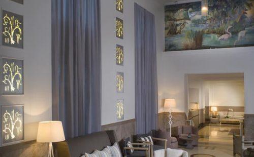Hotel Victor Lobby