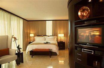 Z Ocean Hotel Room